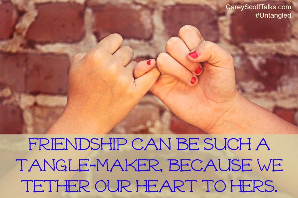 Friendship tangle-maker